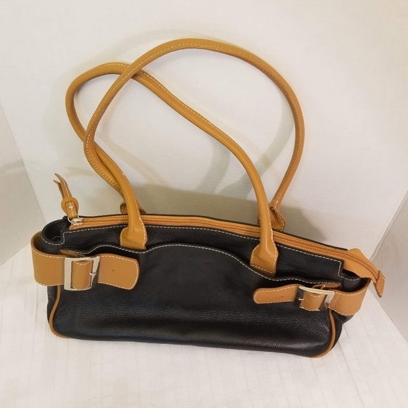 "Vera Pelle Handbags - EUC. ""ITALIAN MADE"" Vera Pelle All Leather Tote"